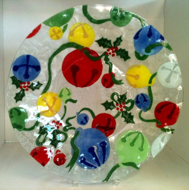 Decorated plate via Pairpoint Glassworks on Facebook